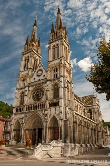 Die Kirche Saint-Bruno im Zentrum von Voiron